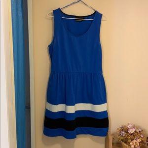 Super Cute Cynthia Rowley Dress 👗👗👗